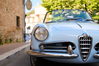 Which car insurance companies are worth the most?